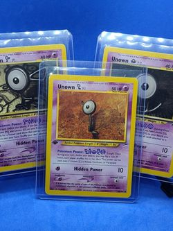 (3) 1st EDITION NEO DISCOVERY UNOWN POKEMON CARDS NM-MT for Sale in Marysville,  WA