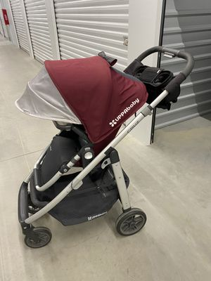 UppaBaby Cruz stroller for Sale in Wilmington, NC