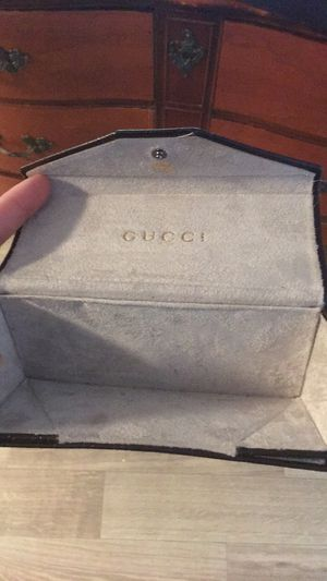 Gucci wallet/glasses case for Sale in Nashville, TN