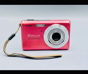 CASIO EXILM EX-Z75 Digital Camera for Sale in Sanford, ME