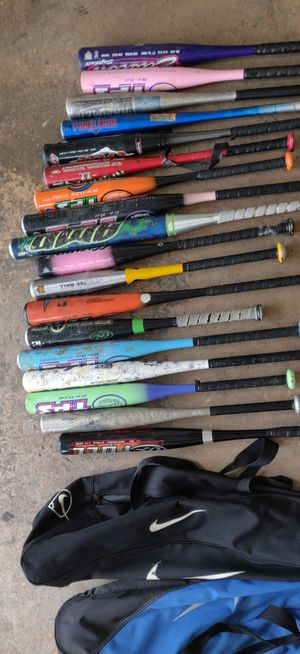 Baseball bats assorted with Nike bags for Sale in Orlando, FL
