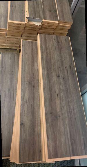 Vinyl flooring liquidation sale ☺️☺️ YT9 for Sale in Long Beach, CA