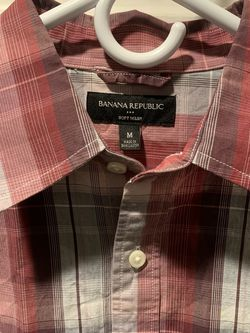 Banana Republic Long Sleeve Button Up Shirt (Size: Medium) for Sale in Ontario,  CA