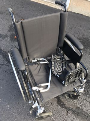 Medline Excel K4 Lightweight Wheelchair for Sale in Rockville, MD