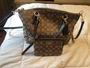 Coach Purse & Wallet for Sale in Crystal Lake, IL