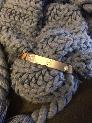 New 19in and 20in love bracelet with stones for Sale in Gardena, CA