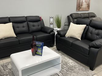 Black Comfy Sofa And Love Seat for Sale in North Richland Hills,  TX