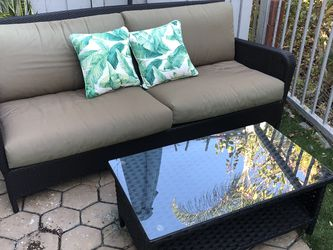Comfy Outdoor Couch And Coffee Table for Sale in San Diego,  CA