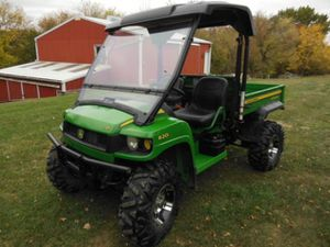 John Deere Gator XUV620I 4x4 condition stored inside adult owned for Sale in San Diego, CA