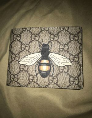 Gucci wallet for Sale in Selma, CA