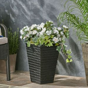 Outdoor Concrete Garden Planter, Flower Pot for Sale in Rowland Heights, CA
