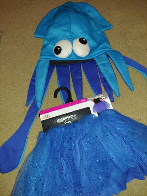 Child small halloween costume for Sale in Plano, TX