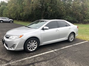 Toyota Camry 2014 XLE for Sale $9700 OBO Clean Title for Sale in Jersey City, NJ