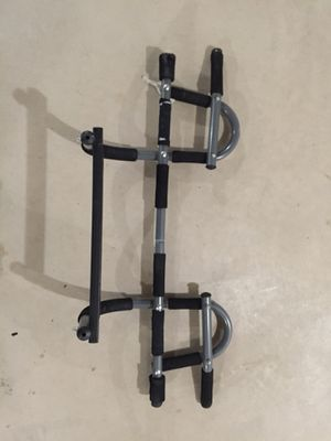 Iron Gym pull up bar doorway pull-up irongym for Sale in Columbus, OH