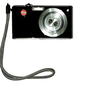 Leica D-LUX 3 Digital Camera Comes With 2 Black Leather Case, 2 Batteries and Charger for Sale in Washington, DC