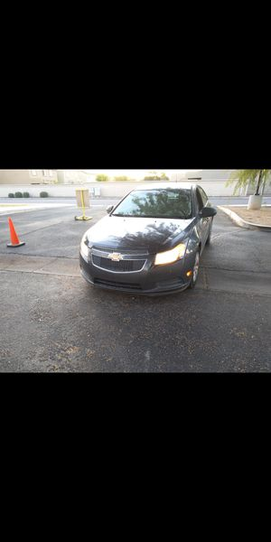 2013 Chevy Cruze!! 40+ MPG! SAVE MONEY -  (Similar Accord Camry sonata Corolla Civic Altima Sentra) for Sale in Phoenix, AZ