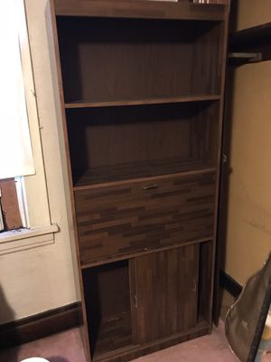 Wooden bookshelf for Sale in Mount Oliver, PA