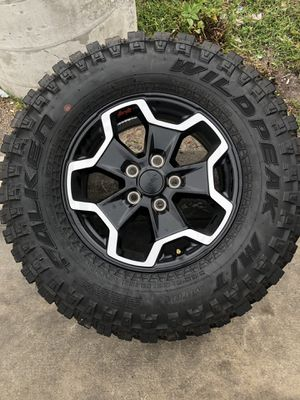 Jeep rubicon wheels for Sale in Biscayne Park, FL