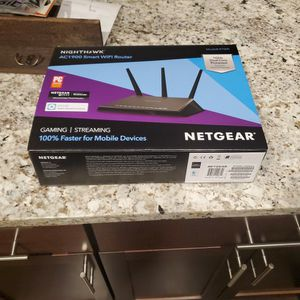 New Nighthawk Ac1900 Smart WiFi Router for Sale in Chicago, IL