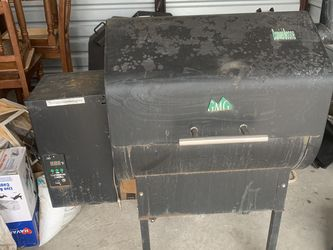 Pellet Grill (Green Mountain Grill) Maybe Trade for Sale in San Angelo,  TX