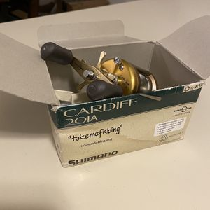 New Shimano Cardiff Fishing Reel for Sale in Mission Viejo, CA
