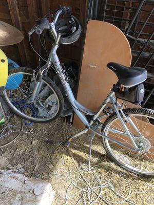 Nice older diamondback ladies bike for Sale in Prineville, OR
