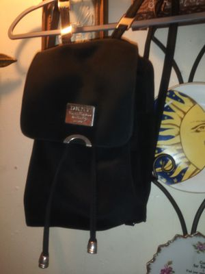 DKNY MINI TRAVEL. BACKPACK for Sale in Los Angeles, CA