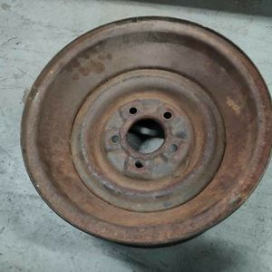 One Classic 15x6 Kelsey-Hayes steel wheel. 55 Cadillac? for Sale in Pico Rivera, CA
