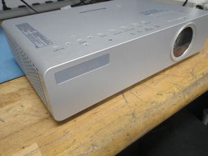 Panasonic 3200 lumens movie tv projector for Sale in San Diego, CA