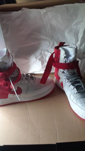 Nike shoes size 11.5 for Sale in Pittsburgh, PA