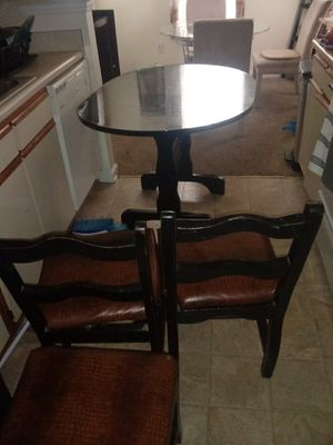 Kitchen table for Sale in Brentwood, NC