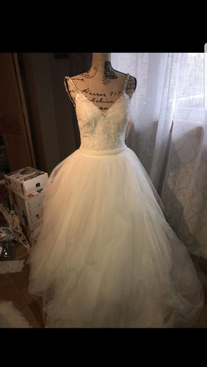 Wedding Dress for Sale in Camp Hill, PA