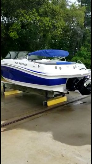 "Tahoe boat 18.5"" for Sale in Crestview, FL"