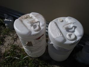 15 glls NON DRINKING WATER DRUMS $10 each. Or $18 for all for Sale in Tampa, FL