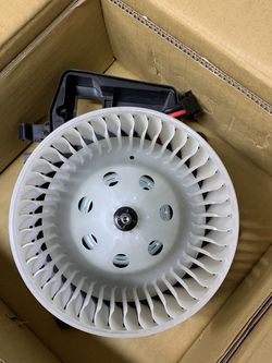 Mercedes C-class Blower Assembly TYC 700190 for Sale in Snohomish,  WA