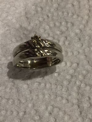 10k White Gold Diamond Ring Size 7 for Sale in South Gate, CA