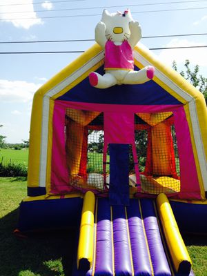 Hello kitty bounce house for Sale in Austin, TX