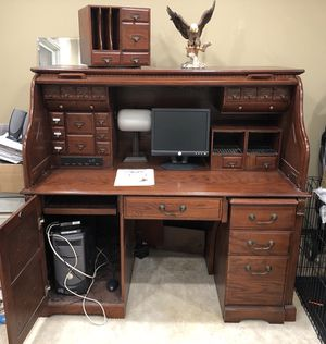 Roll top desk for Sale in O'Fallon, MO