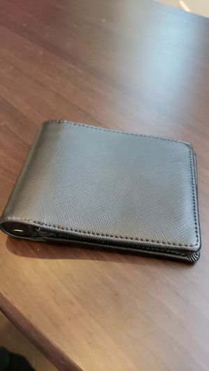 Nomad Wallet iPhone battery for Sale in Cleveland, OH