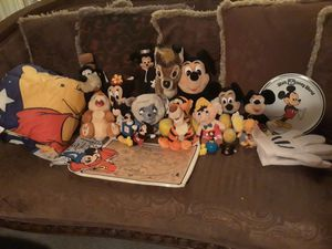 Disney plush doll collection for Sale in Las Vegas, NV