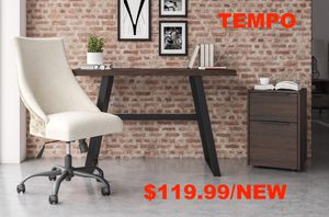 Kamiburg Desk, Warm Brown for Sale in Garden Grove, CA