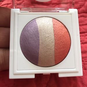 Mary Kay at Play Baked Eye Trio Sunset Beach 2g for Sale in Las Vegas, NV