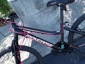 Girls excursion mongoose bike with disc brakes for Sale in San Jose, CA