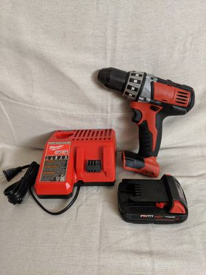 MILWAUKEE 2 SPEED DRILL WITH 1.5 AMP HOUR BATTERY AND CHARGER for Sale in Union City, GA