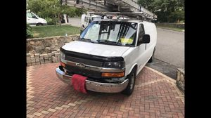 Chevy express 2006 for Sale in Norwalk, CT