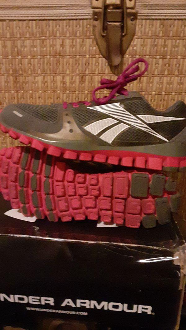 Women's Reebok track Sports Size 10