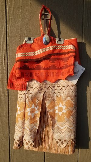 Moana girls costume new with tags size 7/8 for Sale in Clovis, CA