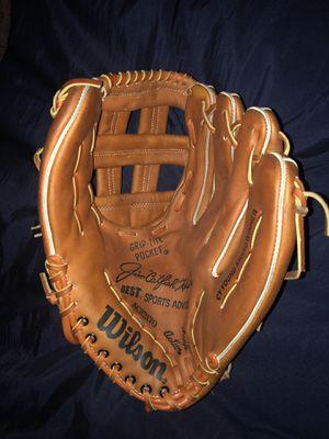 Wilson ACH2170 Jim Catfish Hunter Baseball Glove Pro-Back Model RHT for Sale in Henderson, NV