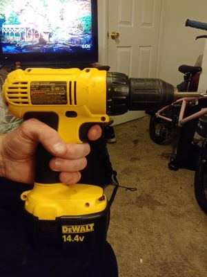 Dewalt 14.4 volt cordless power drill for Sale in Hillsboro, OR