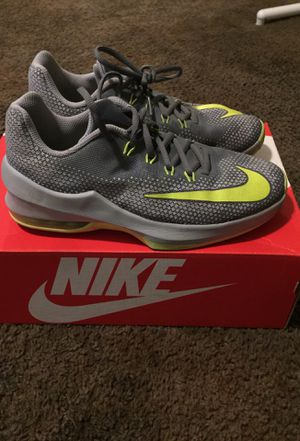 Boys Nike shoes for Sale in Reedley, CA